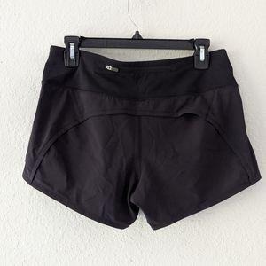 Lululemon Black Speed Short Size 6 3.5 inch inseam